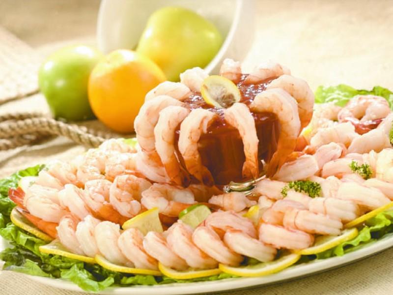 Cooked, Peeled & Deveined Shrimp Platter