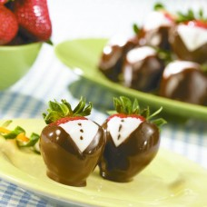 Tuxedo Strawberries